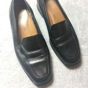 Naturalizer Natural Flex Black Loafers
